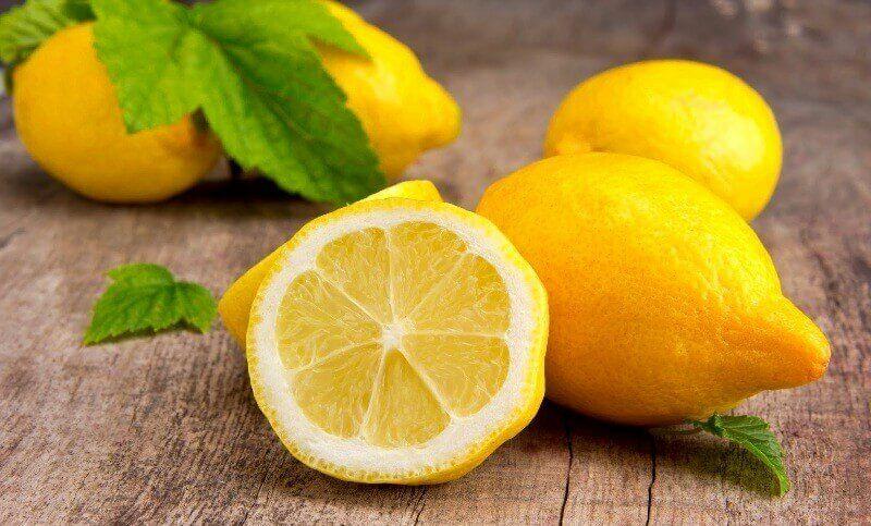 Mindenképp tegyünk citromot a zöld italunkba