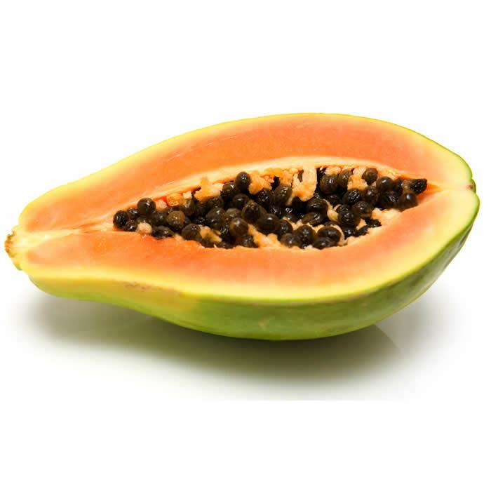 A papaya nagyon népszerű az egész világon. Rengeteg olyan anyagot tartalmaz, ami jótékonyan hat a szervezetre. Most bemutatunk pár jótékony hatását a papayának, amit érdemes, ha tudtok!