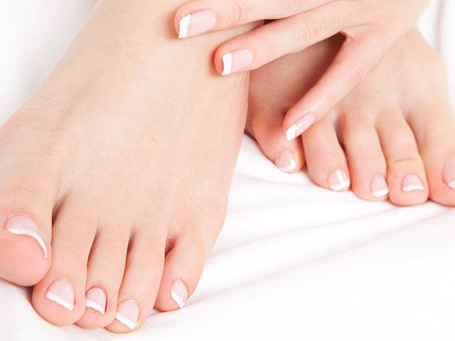 A lábgomba átterjedhet a körmökre is, aminek a kezelése akár több hónapot is igénybe vehet.