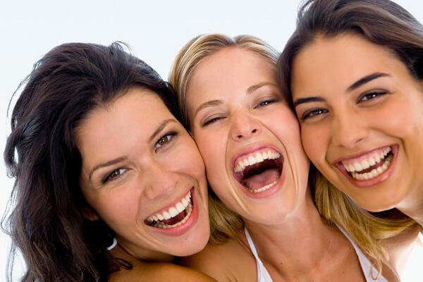 A nevetés jótékony hatásai.