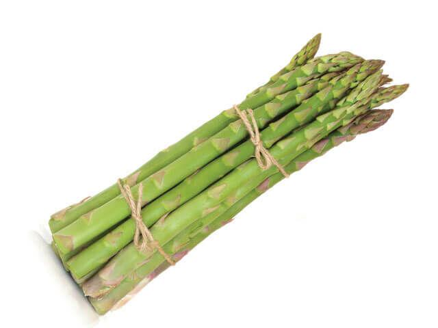 Szénhidrát, zsír szinte nincs is benne, viszont annál több hasznos nyomelem, rost, vitamin és ásványi anyag található benne.