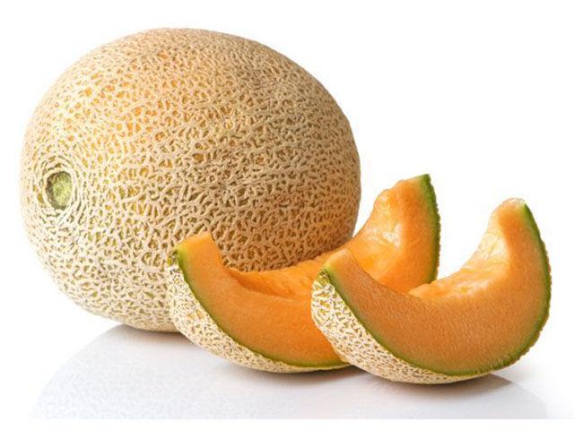 Sárgadinnye: Nagyon sok benne a rost, a kálium, a C-vitamin, és nagyon magas a víztartalma is. Illat alapján választhatjuk ki a legjobbat.