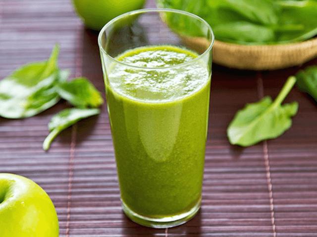 Spenótos zöld ital