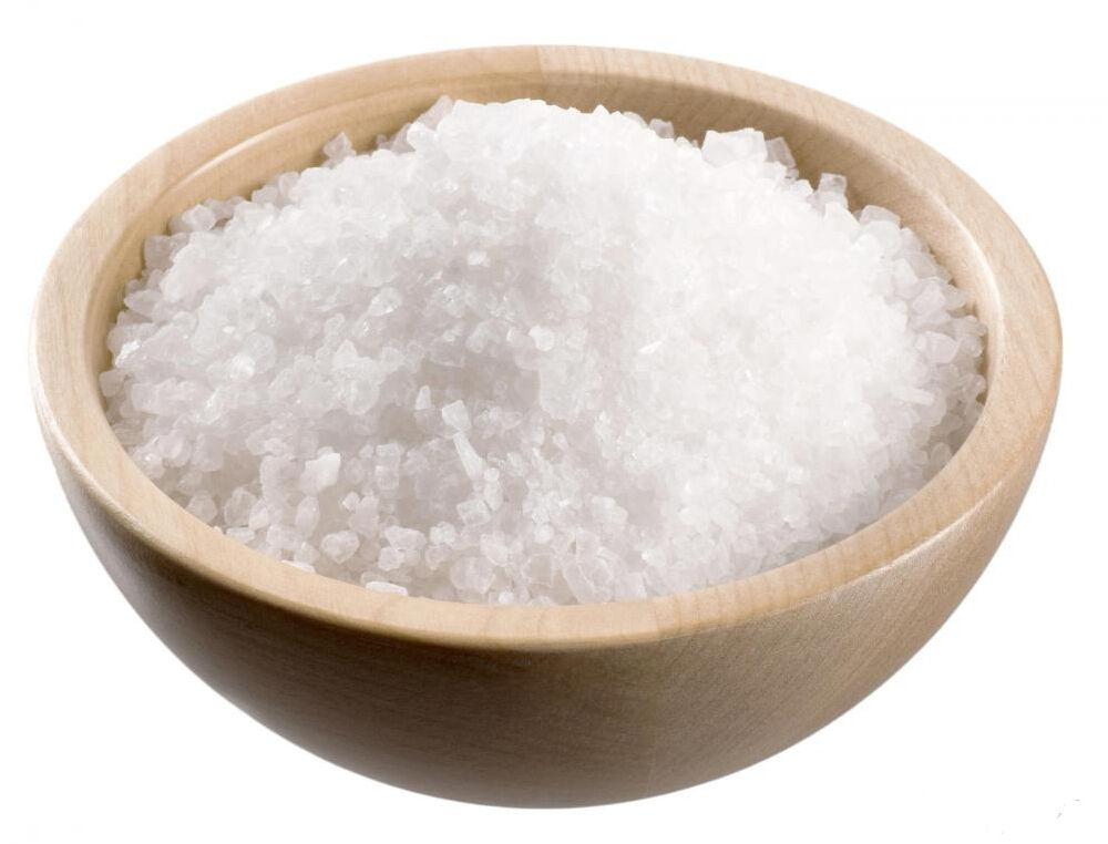 A hirtelensült ételeket inkább borsozzuk és szórjuk meg fűszerekkel mielőtt megkezdjük a sütést. A végén tegyük hozzá a sót mert rágós lesz a hús.