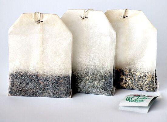Most megtudhatod mire használható fel a használt tea filter. Ajánlott használat után összegyűjteni egy dobozba, mert majd később jól jöhet.