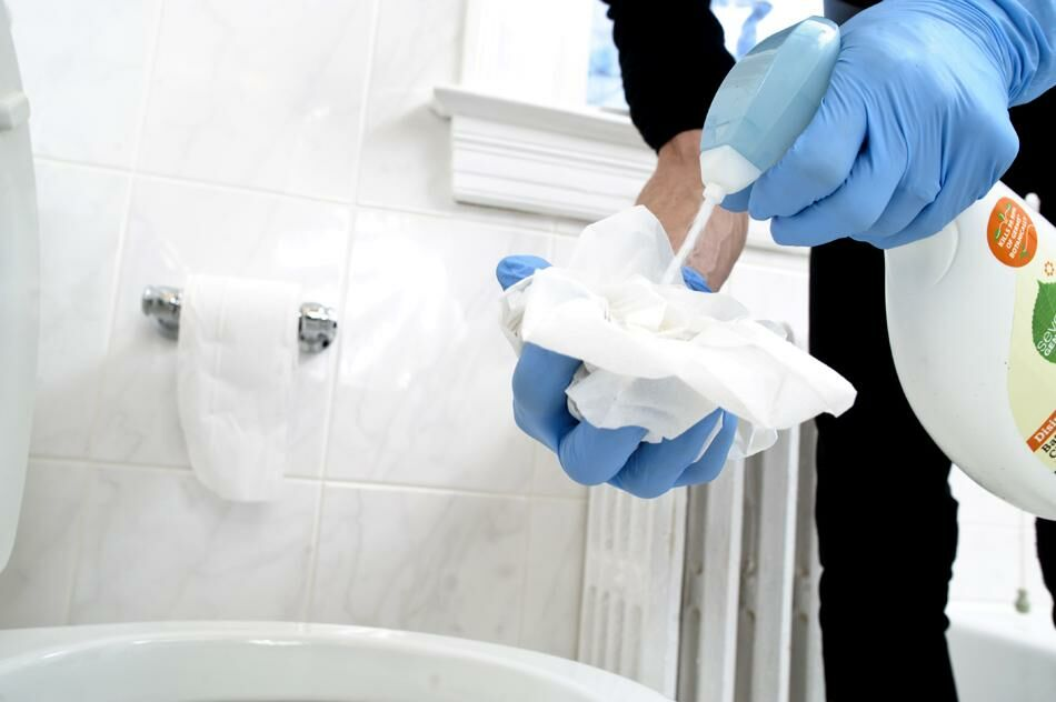 Házi WC tisztító