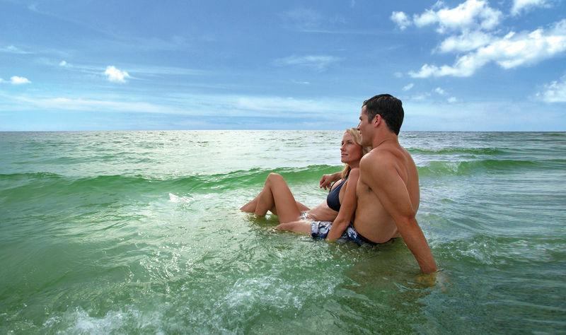 Tudd meg mik a vízparti fürdőzés veszélyei.