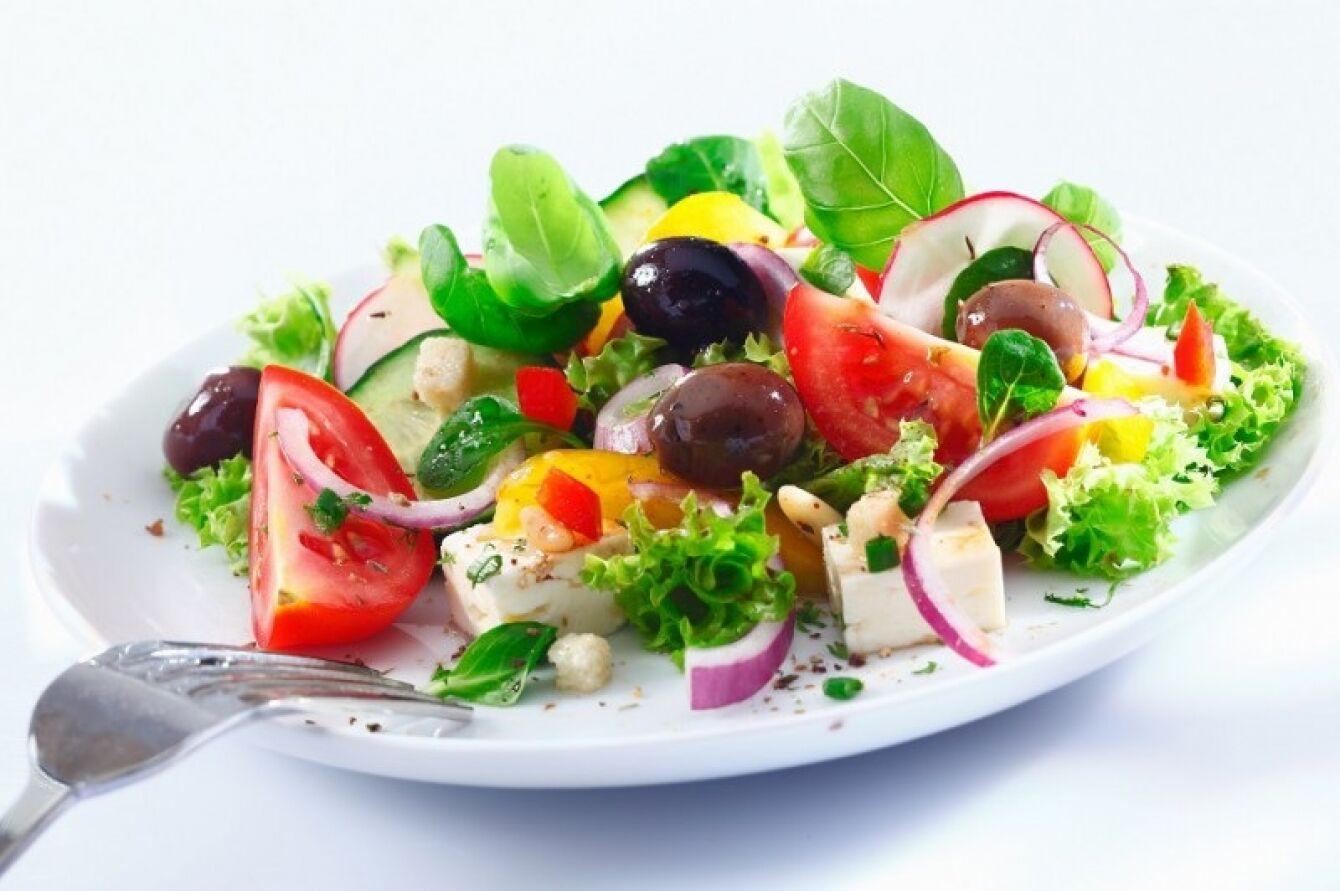 Tudd meg miért olyan egészségesek a saláták.