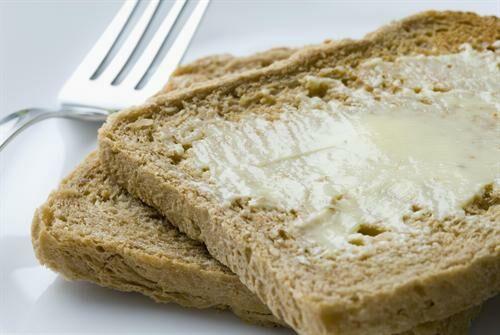Te mit szoktál kenni a kenyérre?
