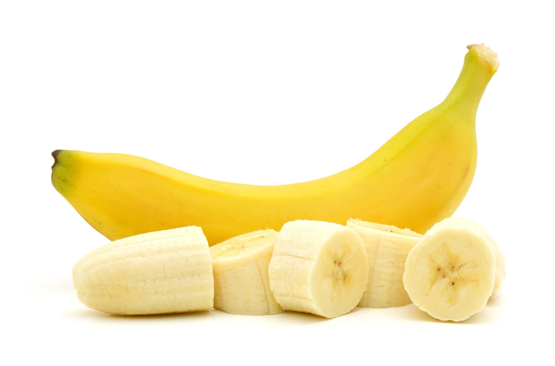 Banán: Sok magnézium és kálium található a banánban amik erős izomlazító hatással rendelkeznek. A mozzarellához és a mandulához hasonlóan ebben is található triptofán. Elalvás előtt mindenképpen ajánlott 1 banán elfogyasztása.