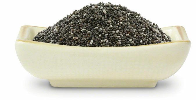 A chia mag magas értékben tartalmaz fehérjét, rostot, kalciumot. Többféle formában is fogyaszthatod.