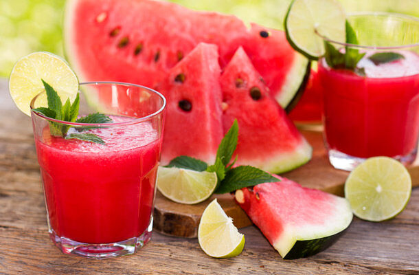 Fogyassz te is görögdinnye italt.