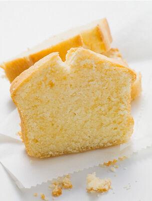 Készíts kavart túrós sütit.