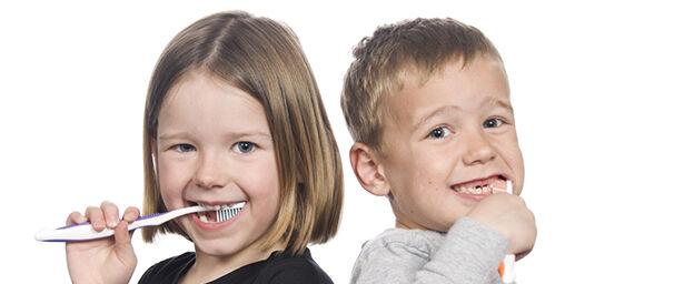 Ha régebbi a fogkeféd 3 hónapnál, akkor mindenképpen dobd ki!