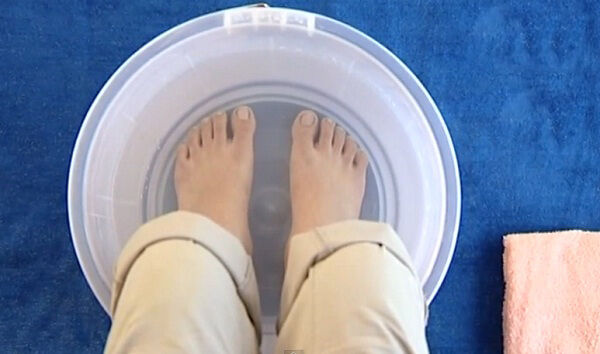 A sós lábfürdő csodálatos hatásai.