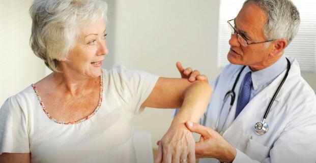Ismerd meg a csontritkulás tüneteit.
