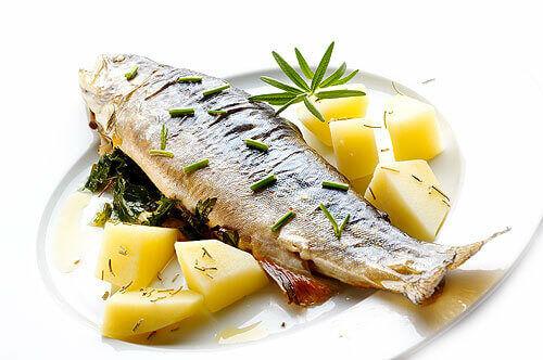 Hal fogyasztással most te is csökkentheted a téged körülvevő stresszt! Tudd meg, hogy hogyan tud segíteni neked az ha halat fogyasztasz a stressz csökkentésében.