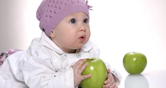 A csecsemő hozzátáplálása