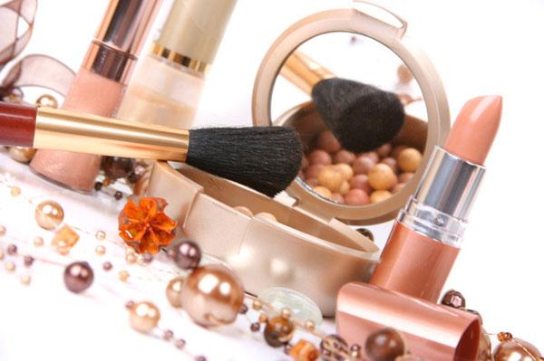 Káros anyagok a kozmetikumokban.