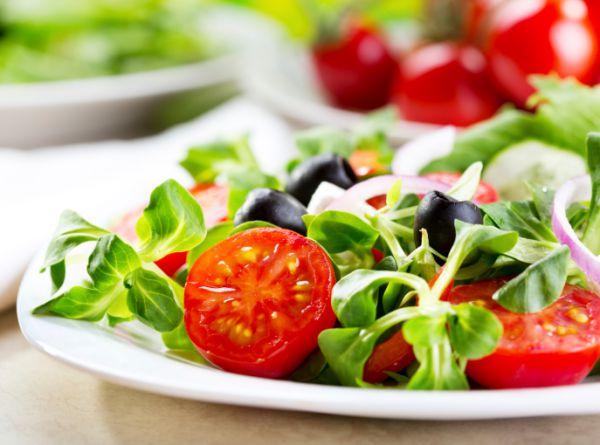 Finom tavaszi saláta