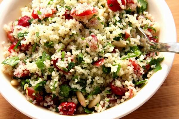 Tabulé saláta.