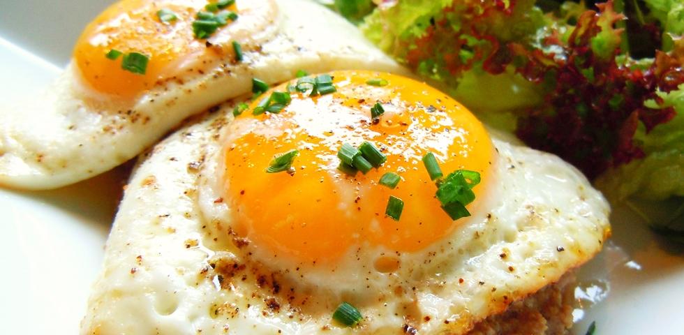 Tojás reggelire.